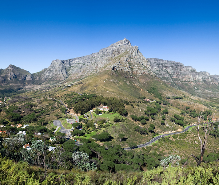 Cape Town's beauty & diversity in its natural landscapes is equalled in its melting pot of cultures, languages, cuisine & music.