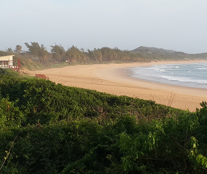 White Pearl Resort is located on Mozambique's southern coast and has beautiful footprint-free ocean frontage.