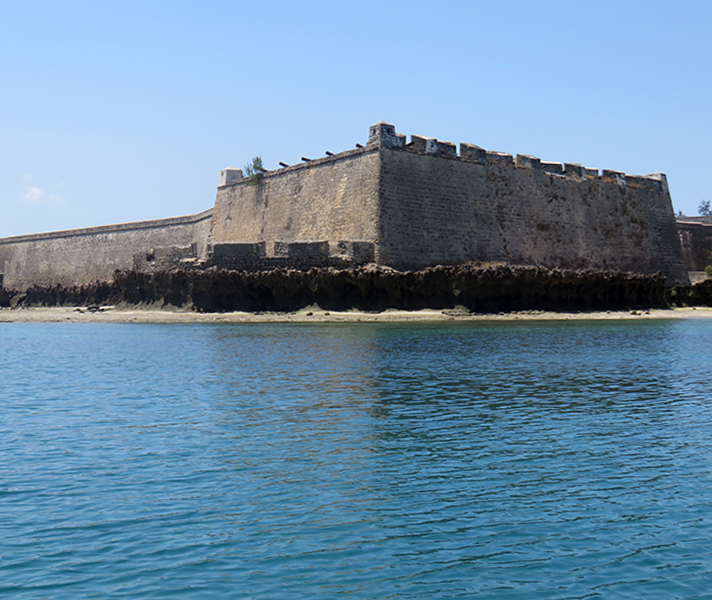 Sailing up to Ihla de Mozambique, we were greeted by the Fort of Saint Sebastian, the oldest complete fort still standing in sub-Saharan Africa.