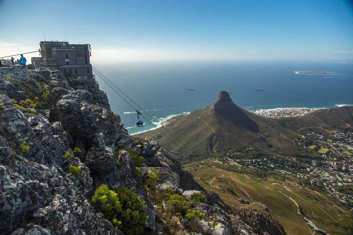 Table Mountain Aerial Cableway in Cape Town, South Africa | Go2Africa