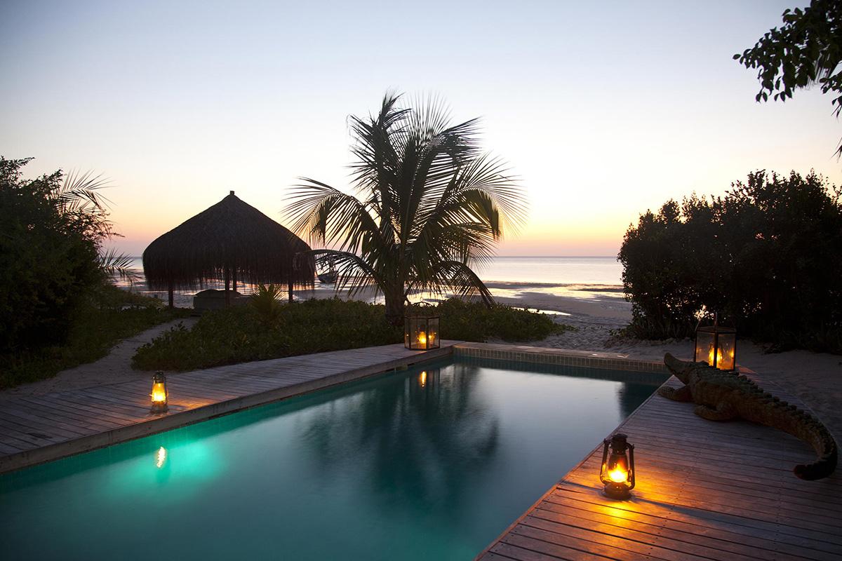azura_benguerra_villa_amizade_sunset_pool_2