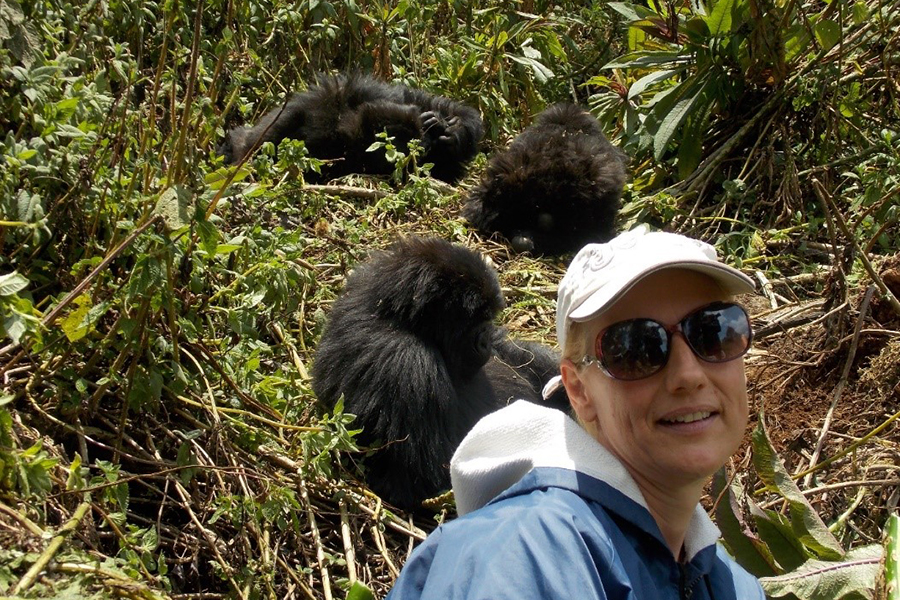 Anja_Rwanda-2016-Gorilla-trek