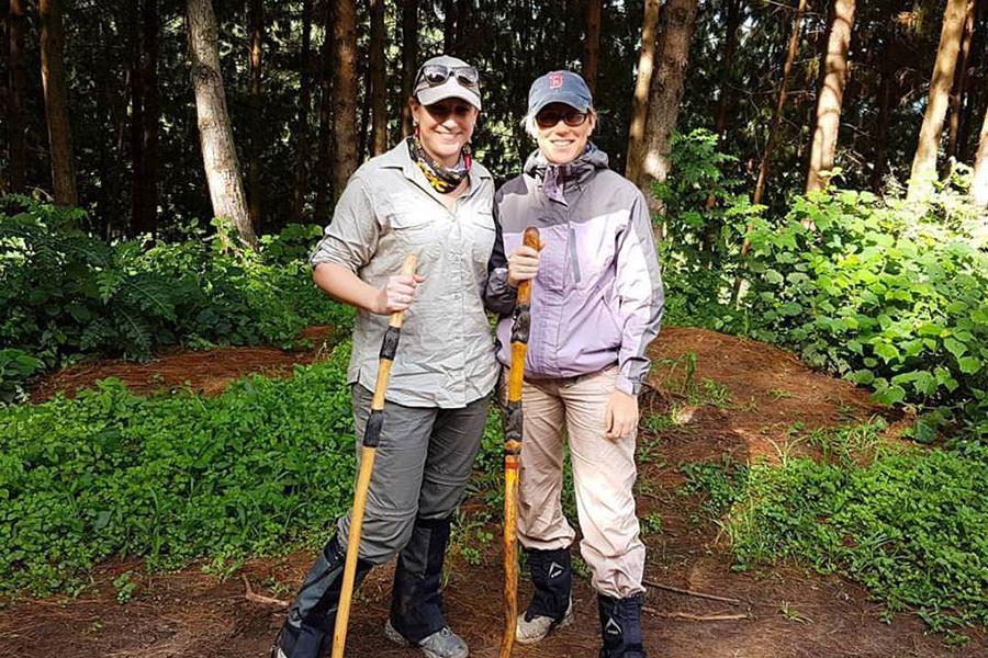 Bonita-Gorilla-Trekking-in-Bwindi-Impenetrable-Forest-Bonita-and-Tracy