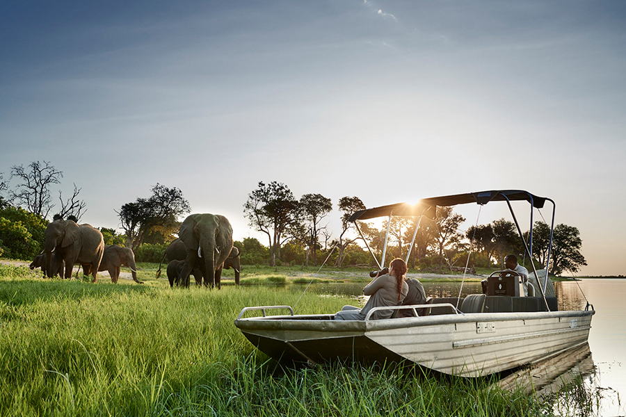 sanctuary_chobe_chilwero_lodge_boat