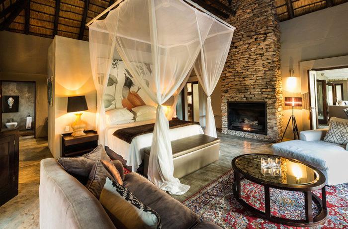 ChitwaChitwaGameLodge-UpperLevelBedroom-LuxuryRoom