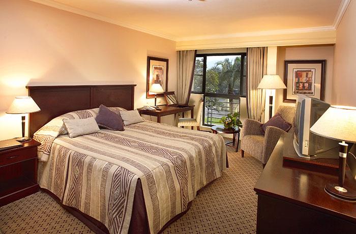 Kigali-Serena-standard-room