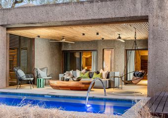 banner-earth_lodge_lux_suite_exterior_resize1