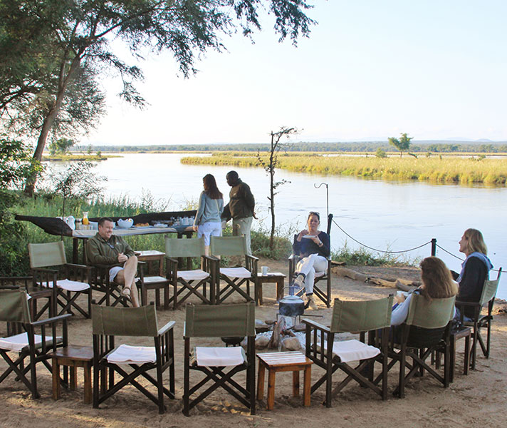 Old Mondoro has an enviable location right on the Zambezi and harks back to the simple, no-fuss camps of yesteryear.