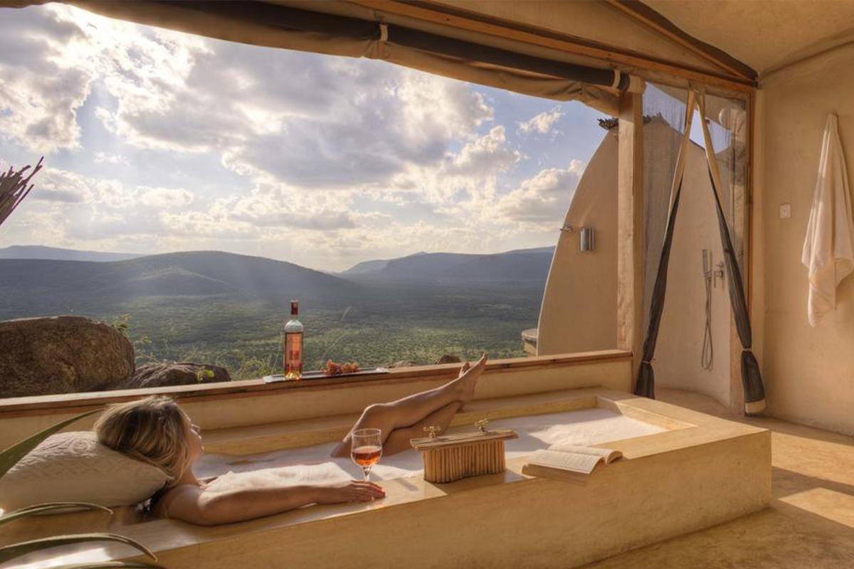 Saruni-Samburu-Lodge