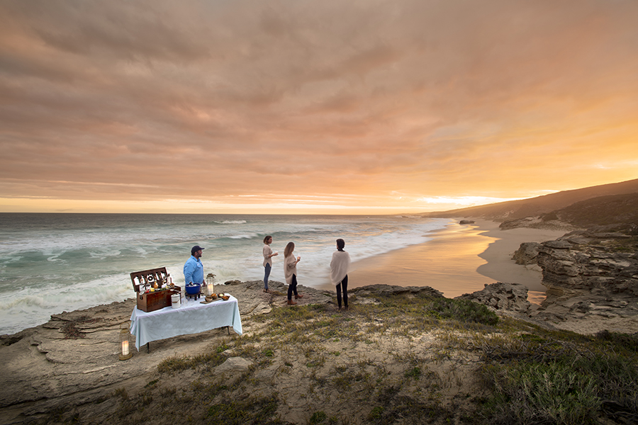 Edited-Lekkerwater-Beach-Lodge-Sundowners-by-the-ocean2