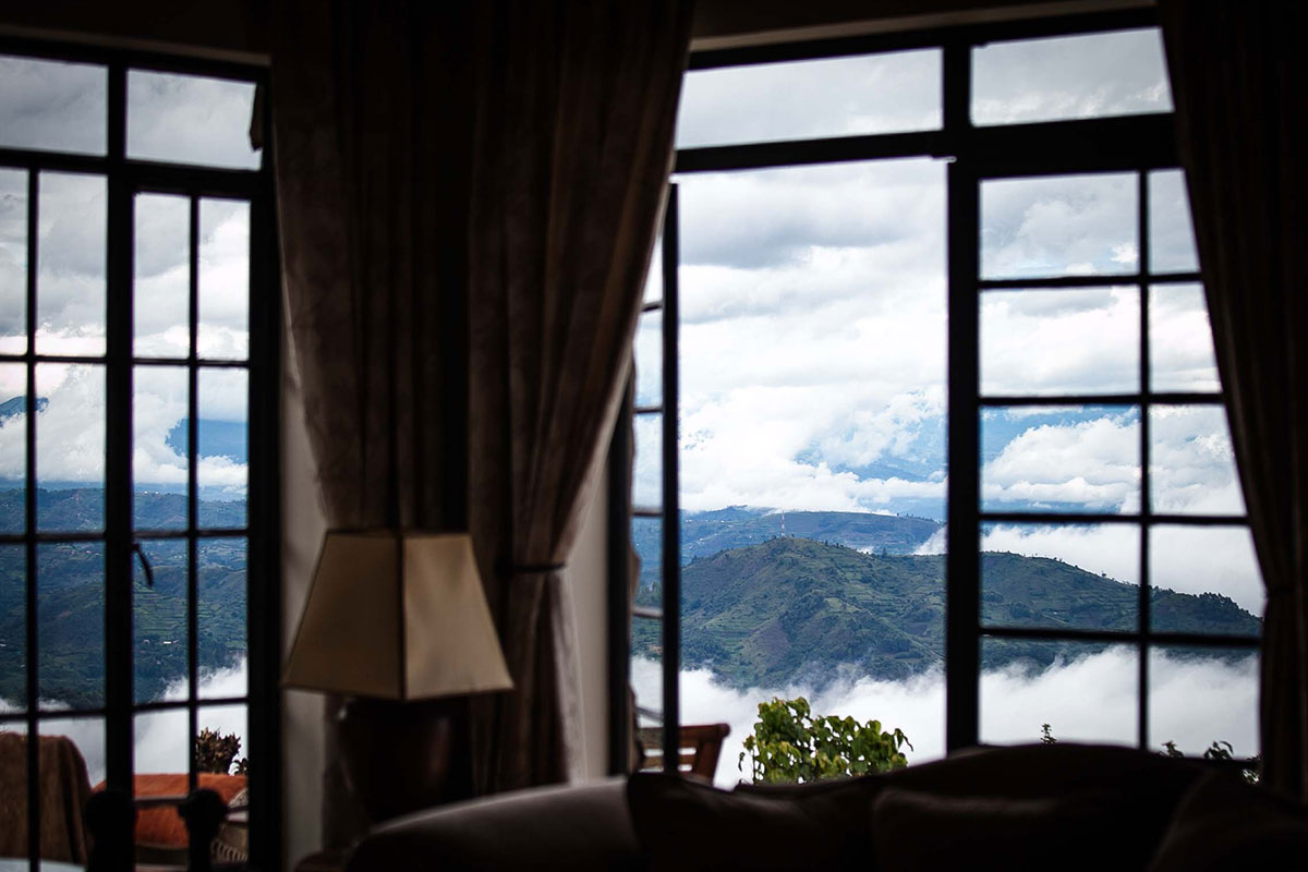 clouds-mountain-gorilla-lodge