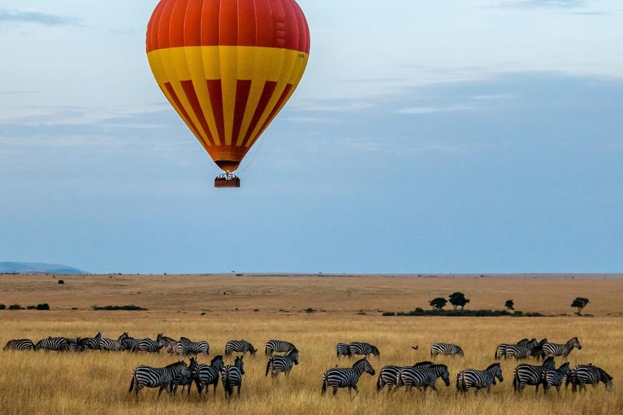 Hot-air balloon safari in the Masai Mara, Kenya | Go2Africa
