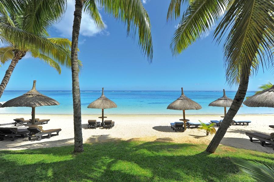 Trou aux Biches Beachcomber Golf Resort & Spa, Mauritius | Go2Africa