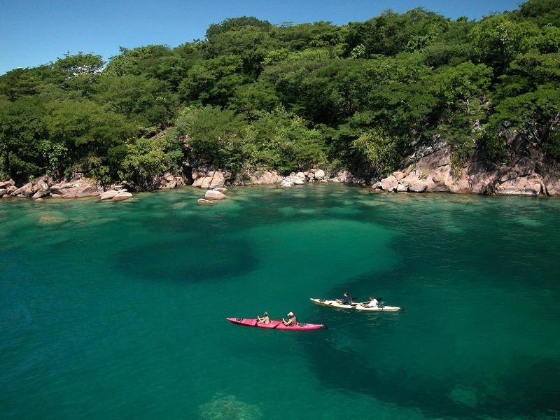 Kayaking on Lake Malawi, Malawi   Go2Africa